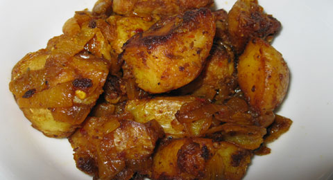 Karens Potato Fry (Sri Lankan Potato Dish)